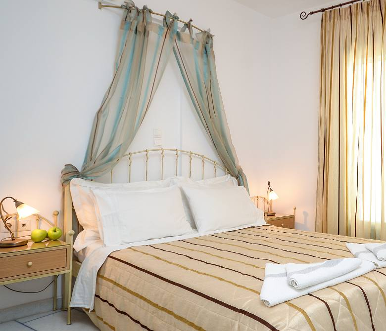 Naxos Family Suites